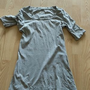 **Mossimo casual tee extra small